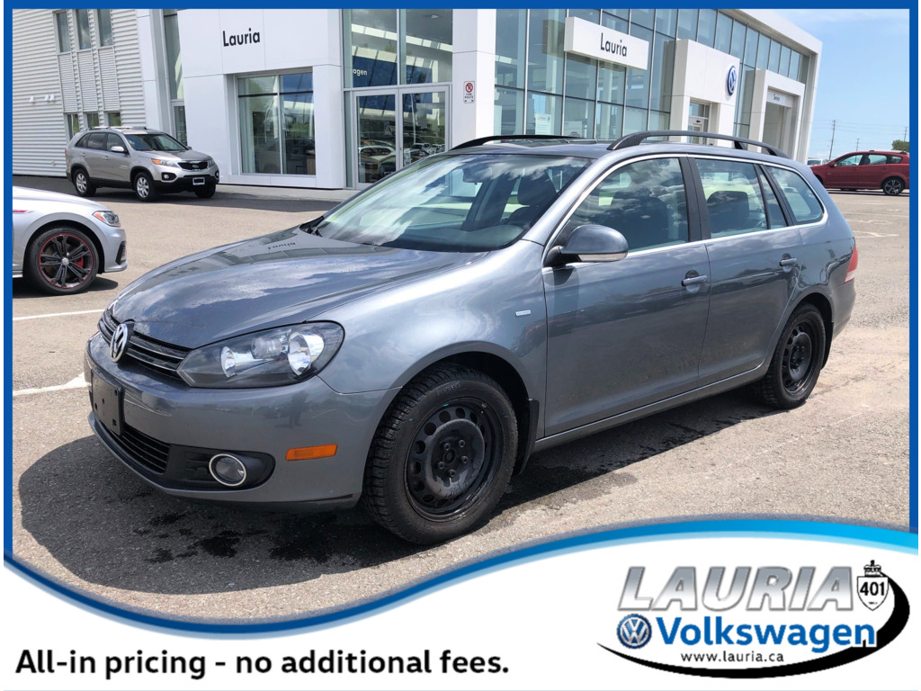 Certified Pre-Owned 2014 Volkswagen Golf Wagon 2.0 TDI LOW KMS - 1 owner / Leather / Sunroof